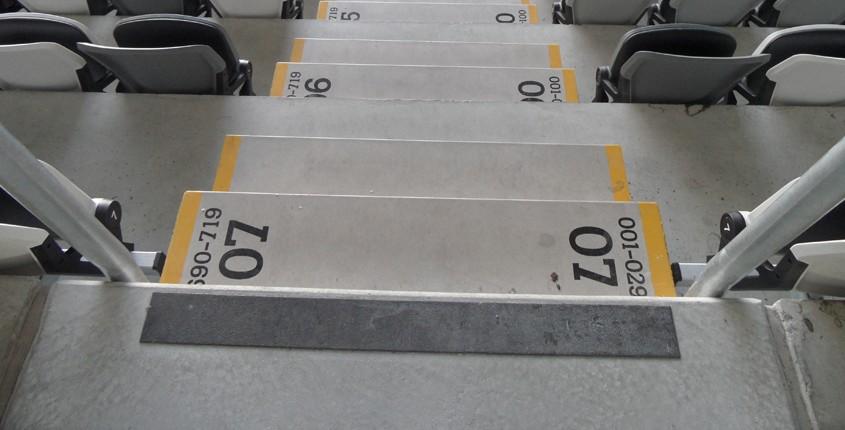 Premark kontrastmarkering av trappor eller glas utomhus och inomhus 4cb0493cbae19